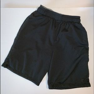 Boys Starter Shorts SZ med  Blk Basketball